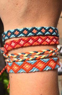 35 Free Gift To Friend Crochet Bracelets New 2019 - Page 7 of 36 - stunnerwoman. com crochet bracelet Yarn Bracelets, Friend Bracelets, Summer Bracelets, Bracelet Crafts, Cute Bracelets, String Bracelets, Leather Bracelets, Leather Cuffs, Crochet Bracelet Pattern