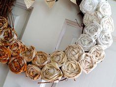 http://www.flamingotoes.com/2011/09/fall-ombre-rosette-wreath/
