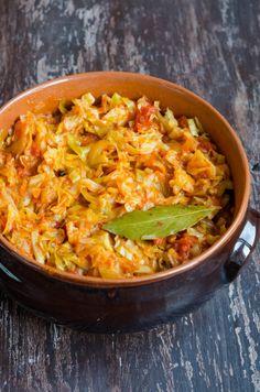 Thai Red Curry, Meat, Ethnic Recipes, Ice Cream, Cake, Food, Salads, No Churn Ice Cream, Icecream Craft