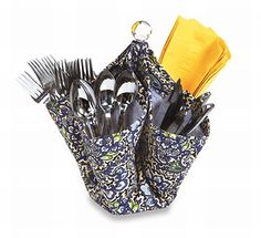Our unique Decka utensil caddy from Picnic Plus holds forks, knives, spoons and napkins for your indoor or outdoor party. The fun and fashionable design has four large pockets which can also accommodate condiments, ketchup, mustard, mayonnaise, and relish for back yard barbecues. Can also be used as a desk organizer or use it for cut flowers, to decorate your table. This functional caddy is great for buffets, decks, boats, picnics, camping and back yard entertaining. (Utensils not included)…