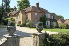 This 8 bedrooms house in Haslemere, Surrey, GU27 is now on the market. Contact us today to arrange a viewing.