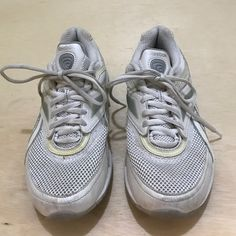 """Reebok women's shoes EUC. White """"easy tone"""" with silver gray combinations. Non marking slid outer soles. Reebok Shoes Sneakers"""