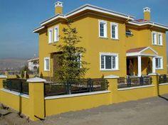 Nice Orange House Exterior Paint Idea with White Window FrHemant bahu cha number de prakashames Exterior Paint Color Combinations, Color Combinations Home, House Paint Color Combination, Exterior Color Schemes, Exterior Design, Best Exterior Paint, Exterior Paint Colors For House, Paint Colors For Home, Paint Colours