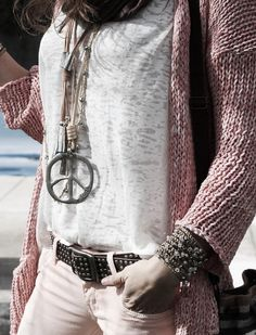 Hippie Bohéme Boho Style. For more follow www.pinterest.com/ninayay and stay positively #pinspired #pinspire @ninayay