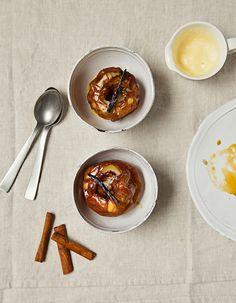 Pommes au four, crème anglaise pour 4 personnes - Recettes Elle à Table