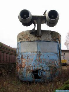 The wacko & now abandoned Soviet Jet Train from the 1970s