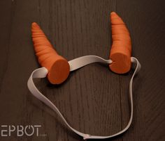 n horns and wings for a certain purple dragon [winkwinknudgenudge], and because he sports orange ones, I had to make my own. (Otherwise I'd have taken the lazy route and snagged some off Etsy.) If you also need a custom color, or are stuck with no time t