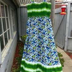 Maxi Floral sundress Maxi Floral sundress. Stretchy at bust area. Size is a large but runs on the bigger side. I have worn it twice. In excellent condition. 95%Polyester 5%spandex Dresses