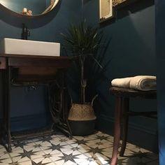 10 Stupendous Useful Ideas: Bedroom Flooring Pictures marble kitchen flooring. Best Bathroom Flooring, Bathroom Floor Tiles, Bedroom Flooring, Wall And Floor Tiles, Kitchen Flooring, Kitchen Tile, Farmhouse Flooring, Brown Bathroom Tiles, Penny Flooring