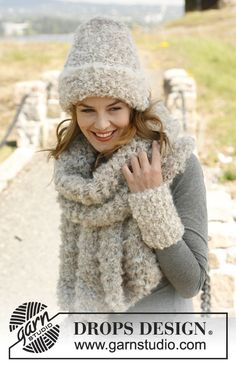 "Knitted DROPS hat, scarf and wrist warmers in ""Puddel"". ~ DROPS Design"