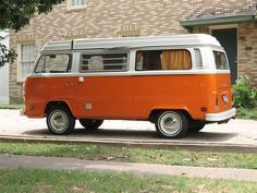perfect color-- VW Bus