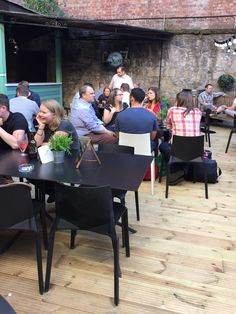 Kristalia supports the scottish summer.  Plana chairs and Poule tables  #kristaliadesign #pouletable #planachair #interiordesign #interiorideas #furniture