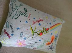 How to Make Autograph Pillows: Autograph Pillows are a fun craft for tweens and teens.