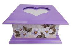Caixinha com espelho, feito de de plastico e forrado com detalhes bem bonitos  Cor: Lilas  Mais produtos no nosso site: www.s2store.com.br