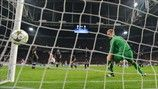 Joe Hart (Manchester City FC)   Ajax 3-1 Man. City. 24.10.12.