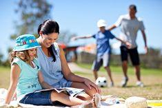 Una tarde leyendo o jugando deporte se disfruta mejor en familia y en Quinta Los Encinos encuentras el ambiente ideal.