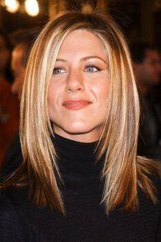 Jennifer Aniston& Best Hairstyles of All Time - 40 Jennifer Aniston Hair Cuts and Colors for thin hair over 50 Haircuts For Fine Hair, Hairstyles Over 50, Long Bob Hairstyles, Great Hairstyles, Summer Hairstyles, Homecoming Hairstyles, Christmas Hairstyles, Casual Hairstyles, Professional Hairstyles