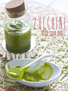 Zucchini Puree for Baby. A mild, silky and delicious puree that will help to introduce zucchini to your little one. #organicbabyfoodrecipe #babyfoodrecipe babyfoode.com