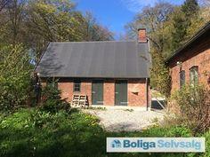 Trørødvej 37, 2950 Vedbæk - Naturstyrelsen sælger idyllisk skovbolig, Trørødhus #villa #vedbæk #selvsalg #boligsalg #boligdk