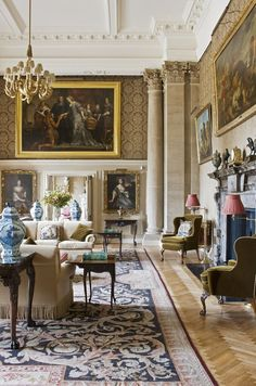 One of our all-time favourite rooms! View 3. Interior Design by Henrietta Spencer-Churchill, eldest daughter of the 11th Duke of Marlborough and whose family home is Blenheim Palace in Oxfordshire.