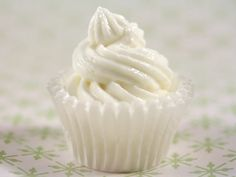 Maioneza fina cu usturoi Mousse, Sauces, Icing, Dips, Easy Meals, Eat, Dressings, Desserts, Recipes
