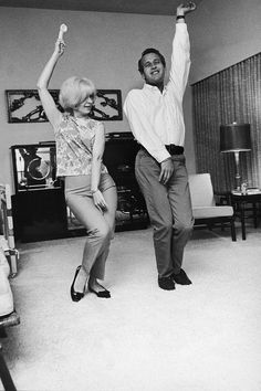 Paul Newman and Joanne Woodward at home, 1965