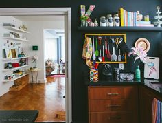26-decoracao-cozinha-preta-lousa-ideias
