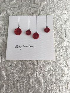 Simple and elegant hand made Christmas cards with red button detail - .- Simple and elegant hand made Christmas cards with red button detail - . Christmas Card Crafts, Homemade Christmas Cards, Printable Christmas Cards, Christmas Cards To Make, Christmas Gift Wrapping, Homemade Cards, Handmade Christmas, Holiday Crafts, Christmas Christmas