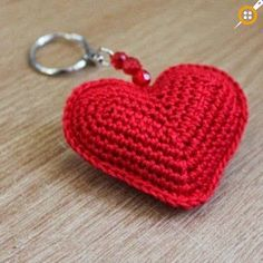 Artículos similares a Red Crochet Heart Keyring en Etsy ideas for crochet key chain Valentine heart sachets for hangers or to tuck into drawers or shoes. Here are some crochet keychain patterns. Heart 2 (made of 2 faces) Love Crochet, Crochet Gifts, Crochet Motif, Crochet Designs, Crochet Flowers, Knit Crochet, Crochet Patterns, Crochet Hearts, Beautiful Crochet