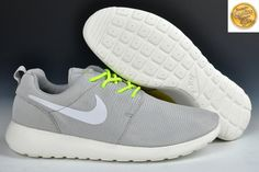 separation shoes e8761 75cc3 828821 Homme Gris Vert Chaussure Nike Roshe Run Snake Limited Edition 2014  FRKN Achat, Chaussures