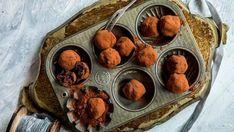 Sjokoladetrøfler med rom og rosin Muffin, Sweets, Breakfast, Desserts, Recipes, Food, Cakes, Morning Coffee, Tailgate Desserts