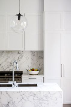 Classic Style Kitchen Furniture Timeless Furniture For Your Home Contemporary Kitchen Cabinets, Modern Kitchen Design, Contemporary Kitchens, Modern Kitchens, Modern Shaker Kitchen, Kitchen Furniture, Kitchen Interior, Kitchen Decor, Kitchen Ideas