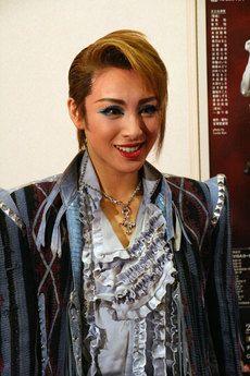 Otozuki Kei as Romeo <3  #Takarazuka