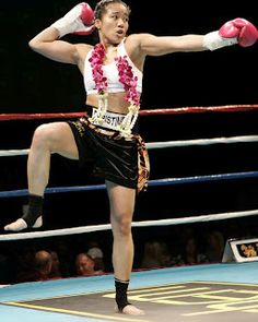 Female Muay Thai Blog