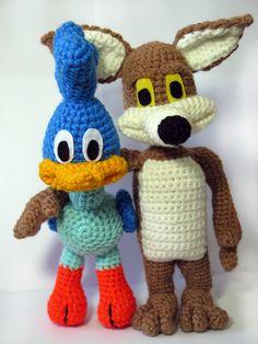 crochet amigurumi road runner and coyote by OrangeFrau
