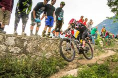 Specialized SRAM Enduro Series - Beerten and Milivinti win Round 1 in Terlago - MTB News.de