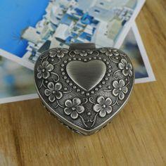 Rétro alliage de Zinc amour classique européenne floral gravure cadeau de mariage boîte à bijoux en forme de soin usine directe(China (Mainland))