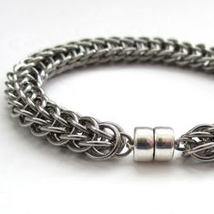Men's chainmail bracelet