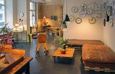 by AnneLiWest|Berlin #J&Vfinestvintagefurniture #Berlin