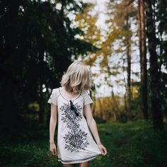 Sometimes silence carried more impact than noise. (Photo by @sofiesund) #oddmolly #madeinlove #carnivaldress