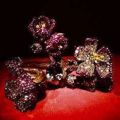 372 - Peach blossom bracelet by JAR Paris, 2013 - Demantoid garnet, sapphires, diamonds, spinels, gold, silver #JAR #JARJewels #JARParis #JoelArthurRosenthal