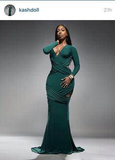 Be sure to check out this Beautiful Black Barbie, Kash Doll is this week's Woman Crush Wednesday a Hip Hop beauty. She is one to watch! Prom Party Dresses, Sexy Dresses, Long Dresses, Kash Doll, Freakum Dress, Queen Fashion, Women's Fashion, Fashion Trends, Floor Length Dresses