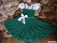 Again, I))) Let's knit dress pineapple ! - Knit together online - Country Mom Crochet Baby Dress Pattern, Crochet Baby Clothes, Crochet Skirts, Diy Dress, Crochet For Kids, Crochet Children, Little Girl Dresses, Beautiful Crochet, Green Girl