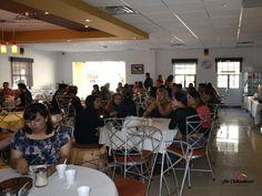 En el HOTEL SNTENARIO CHIHUAHUA,  contamos con habitaciones dobles que incluyen dos camas matrimoniales, tocador, escritorio, internet inalámbrico además del desayuno. Nuestro hotel cuenta con  alberca, servicio de restaurante donde servimos exquisitos platillos típicos de lunes a sábado de 7:00 a las 22.30 horas, los domingos de 7:00 a 15 horas  y la mejor atención. Información nuestra página de internet www.hotelsntenario.com #turismoenchihuahua