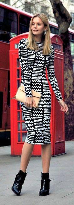 Street styles printed dress