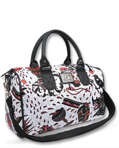 Nightmare Tattoo Flash Bag. All over print features artwork by Phil Kyle of Magnum Opus Tattoo. - Adjustable shoulder strap - 2 pockets inside - Personalized lining - 100% Polyester - Knitted Size: Wi