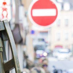 Ce #Puzzle (3/9) clos le reportage photo de l'exercice #Ardennes2016.  L'entraînement organisé par le 3e régiment du génie (#3eRG) au cœur de la ville de Charleville-Mézières tenu du 26 au 29 avril est une étape de leur préparation opérationnelle en vue de ses prochains engagements. L' #entrainement en zone urbaine a permit aux #sapeurs de travailler leurs savoir-faire spécifiques avec mise en œuvre d'un moyen léger de franchissement (MLF) des fouilles opérationnelles un contrôle de foule…