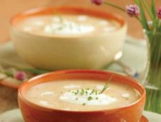 Cream of Turnip-Apple Soup Apple Soup, I Want To Eat, Soup And Salad, Fall Recipes, Cheeseburger Chowder, Beverages, Pudding, Cream, Dinner