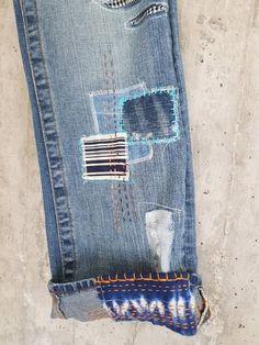 Distressed Vintage Boyfriend Jeans/Hipster Jeans/All Sizes/Grunge Jeans/boho/vintage jeans/womens jeans Vintage Jeans, Boho Vintage, Hipster Jeans, Grunge Jeans, Boyfriend Jeans, Redone Jeans, Painted Jeans, Hand Painted, Embellished Jeans