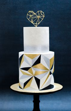 All About Posh - Events - Fondant Torten/ Wedding - Cake Design Pretty Cakes, Cute Cakes, Beautiful Cakes, Cake Design Inspiration, Wedding Cake Inspiration, Art Deco Cake, Cake Art, Fondant Cakes, Cupcake Cakes